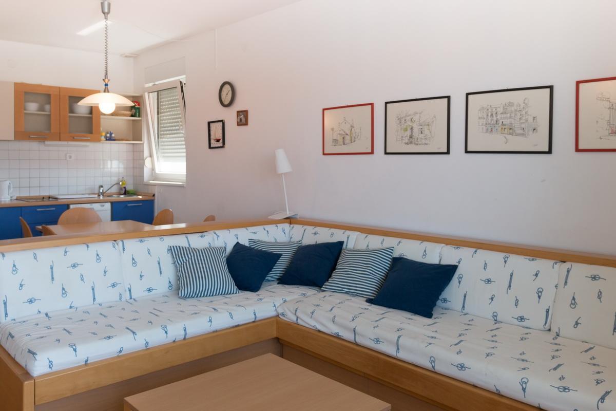 Crikvenica Croatia holiday apartments rental Apartment 2
